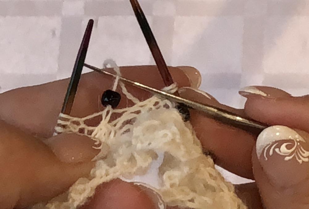 traga o fio pelo cordão